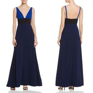 JILL JILL STUART  Deep V-Neck Sleeveless Dress